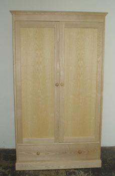 Cotswold Wardrobe 566